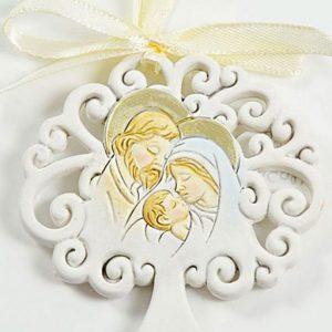 Albero della vita Sacra famiglia in resina, con nastrino per la funzione di appendino e di magnete. Albero della vita sacra famiglia è di buon auspicio
