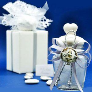 Bomboniera cresima barattolo portaspezie realizzato a mano barattolo portaspezie / confetture: barattoli shabby chic con tappo in ceramica bianca e pomello a cuore.