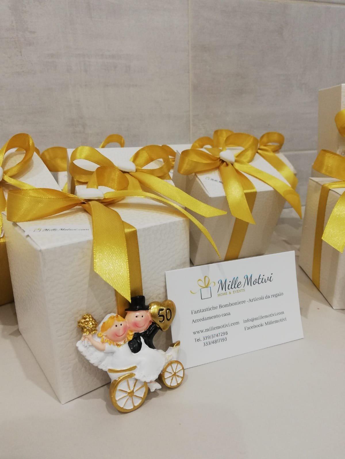 Bomboniere 50 Matrimonio.Bomboniera Anniversario 50 Anni Di Matrimonio In Resina Millemotivi