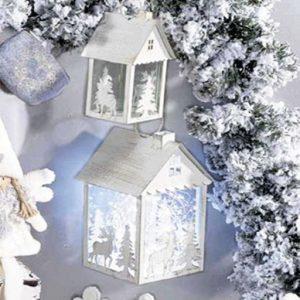 lanterne natalizie accese