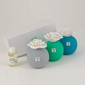 Profumatore tondo con fiore in ceramica