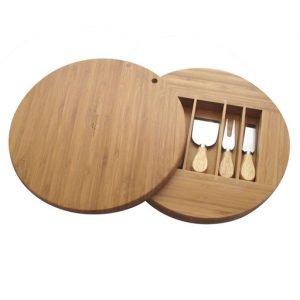 Set formaggio Andrea Fontebasso realizzato in legno della LINEA STARBAMBOO. Meraviglioso set formaggio composto da cinque pezzi: 3 palette, tagliere e coperchio. Utilizzabile in lavastoviglie.