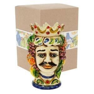 Bomboniera tipica in stile siciliano. La testa di Moro. Una bomboniera classica e moderna allo stesso tempo, elegante e chic. Realizzata in ceramica decorata dipinta a mano. Compreso nel prezzo vi regaliamo la scatolina.