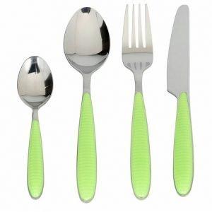 Servizio 24 Posate Tognana di colore verde realizzate in acciaio. Semplicità nello stile e colori vivaci caratterizzano questo servizio. Materiale resistente. Lavabile in lavastoviglie.