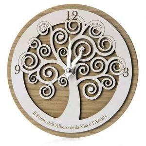 Bomboniera orologio albero della vita, realizzato in legno di rovere decorato con simbolo albero della vita. Bellissima idea come bomboniera personalizzata.