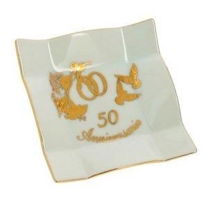 Bomboniera svuotatasche rettangolare argento 50 matrimonio. Una scelta originale, per creare bomboniere nozze d'oro.