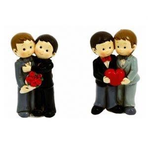 Bomboniera magnete Coppia Sposi LUI + LUI realizzati in resina, disponibili in 2 soggetti come dimostrato in foto. Idea segnaposto, decorazione wedding , articolo regalo o bomboniera matrimonio e feste a tema .