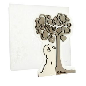 Orologio sposi con albero della vita realizzato in legno tortora. Bellissimo significato di amore vita e famiglia, ideale per lasciare un ricordo indelebile nei vostri invitati. Ideale per bomboniera Matrimonio.