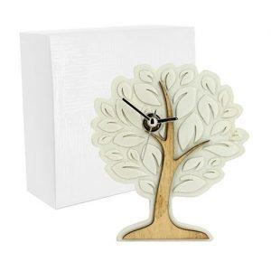 Orologio albero della vita con tronco naturale realizzato in legno e stilizzato in resina. Bellissimo significato di amore vita e famiglia, ideale per lasciare un ricordo indelebile nei vostri invitati. Ideale per bomboniera Matrimonio.