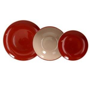 Servizio tavola 18 pezzi Velvet Terra in ceramica rosso e beige. Ogni piatto ha un design raffinato e unico, adattabile a qualsiasi tipo di arredamento elegante e raffinato. Utilizzabili in microonde, lavabili in lavastoviglie.