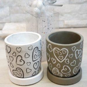 Bomboniera Vaso porta pianta, un complemento d'arredo ideale per donare un tocco romantico e creare un'atmosfera unica.
