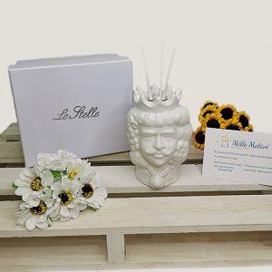 Bomboniera Testa di moro profumatore realizzato e dipinto a mano in porcellana bianca Ideale come bomboniera Matrimonio.