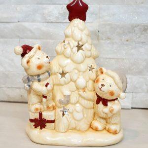 Portacandela Orsetti con albero di Natale realizzata in porcellana. Dimensione: 19,5 cm.