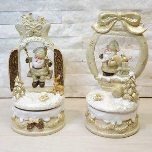 Originale e ornamentale, il carillon Babbo Natale Gold, porterà uno stile unico e personale in qualunque ambiente scegliate di posizionarlo