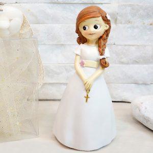 Bomboniera bimba con treccia prima comunione realizzata in resina, con abiti eleganti prima comunione