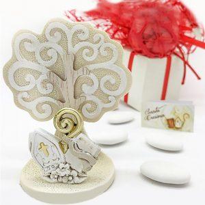 Icona Cresima con albero della vita realizzata in resina effetto pietra, con raffigurazione dei simboli sacri. Il tronco è rivestito da legno, per un effetto ancor più realistico