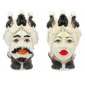 Testa di moro Africana realizzata in ceramica decorata dipinta a mano. Disponile Uomo e Donna. Il prezzo è riferito ad una singola Testa di moro.