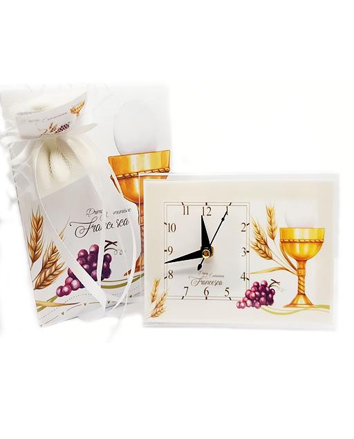 Bomboniera Prima Comunione orologio realizzata in pexiglass, decorato con calice oro e piedistallo da appoggio perfetto per creare le tue bomboniere comunione fai da te