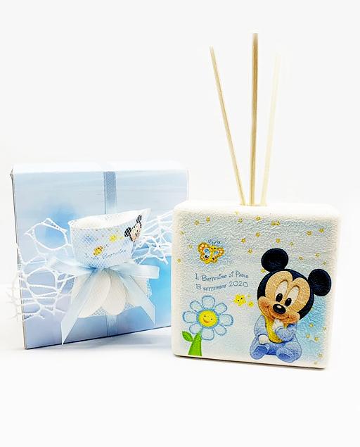 Bomboniera profumatore topolino Disney. Personalizzabilecon il vostro nome, o frase. Adatto per bomboniere battesimo, nascita, compleanno. Una bomboniera unica ed originale.